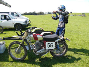 Daniel Cochrane ready to go, VMX Series Pre ?75 Rnd 2 Hawkes Bay Oct 08
