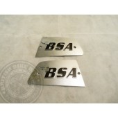 82-8610/82-8611 BSA Rocket 3 tank badges