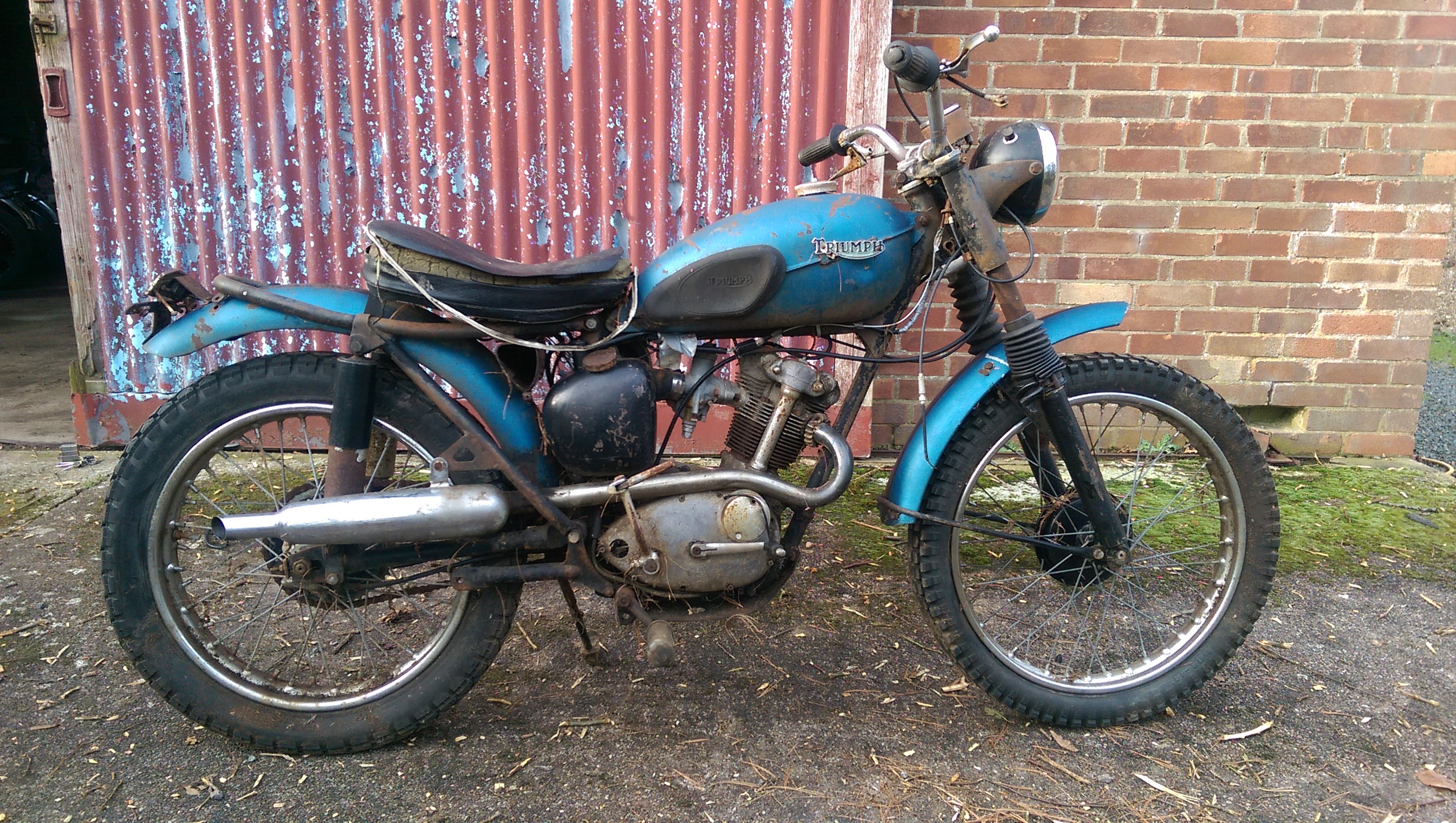 Barn Find Motorcycles Classic Bikes For Restoration Burton Bike Bits
